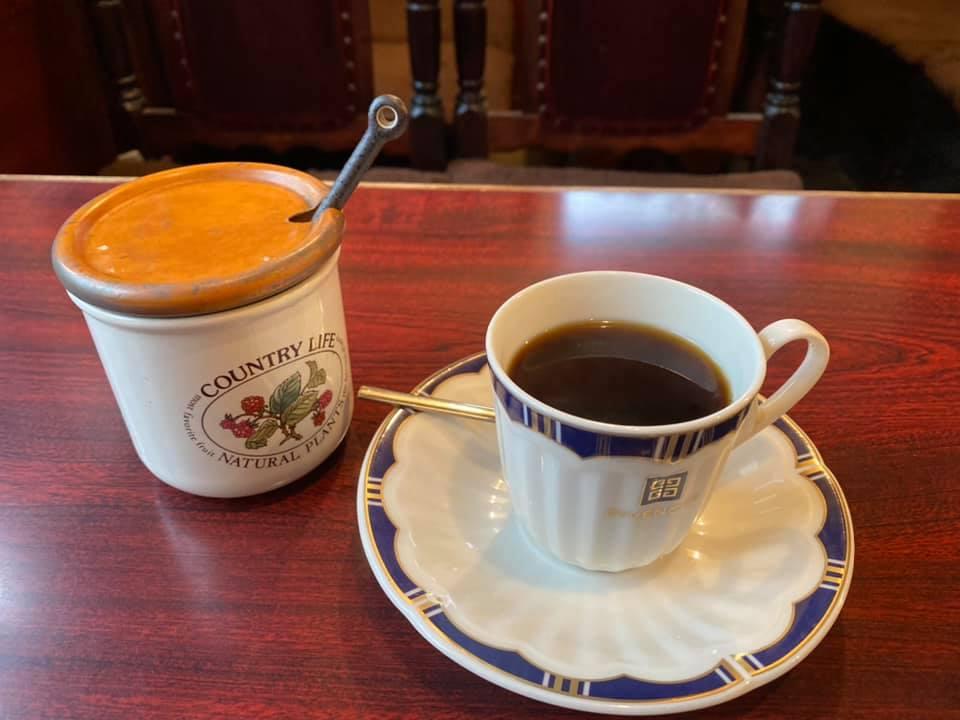 喫茶店「チャペル」のホットコーヒー